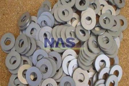 A NAS Titânio fabrica peças sob encomenda, reforma elementos já existentes, solda os metais com precisão e importa outras ligas como o hastelloy, inconel, níquel, tântalo e zircônio. Consulte-nos.