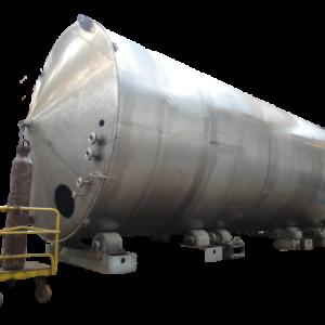 Tanques de grandes dimensões em titânio